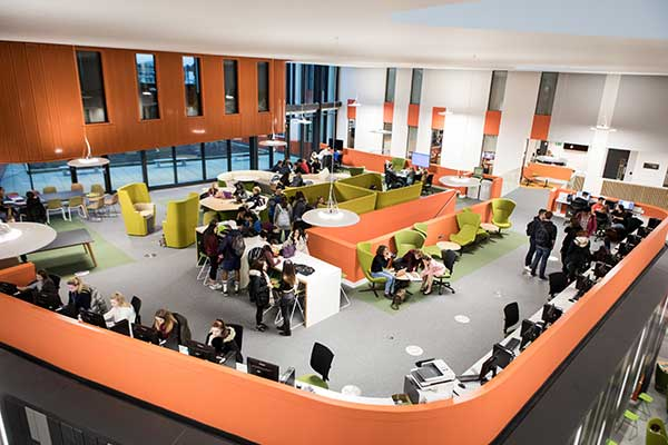 Allam Medical Building collaborative learning zone
